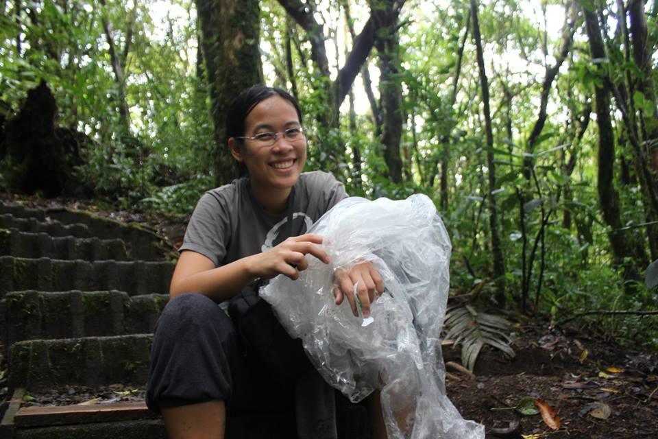 Tác giả tại chuyến du hành rừng tại Monteverde
